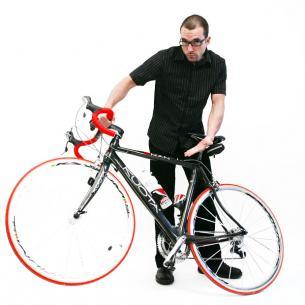 Tatsächlich ... es ist ein Fahrrad ... egal ob Rennrad, Mountainbike, BMX oder Freerider ... hauptsache Fahrrad