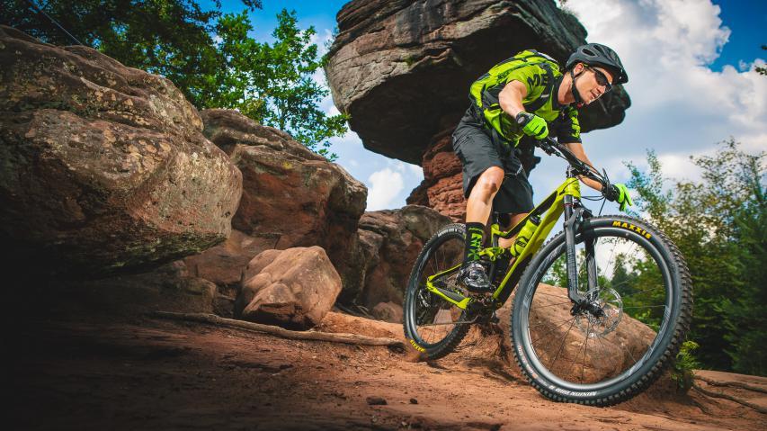 Meridas ONE-TWENTY & Highlights 2019  Kurz nach der Eurobike präsentierte Merida die vierte Generation ihres erfolgreichen Allrounders ONE-TWENTY. Plus viele 2019er Neuheiten mit aufgepeppten Farben und Specs sowie ein neues Warp TT/Tri-Bike für 2020.