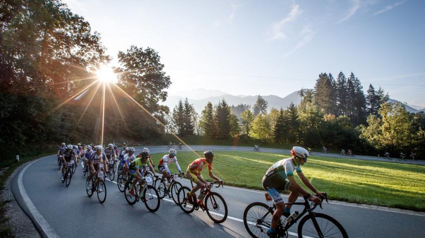 Kufsteinerland Radmarathon 2018 Bildbericht  Bei spätsommerlichem Radwetter lockte die dritte Auflage 550 Athleten aus 16 Nationen nach Kufstein.