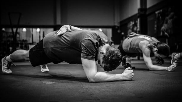 Fischer Skiletics 2019 Mit #skiletics macht Fischer das Langlaufen zum Fitnesssport. Im Zweiten Jahr auch mit intensiven Indoor-Einheiten.