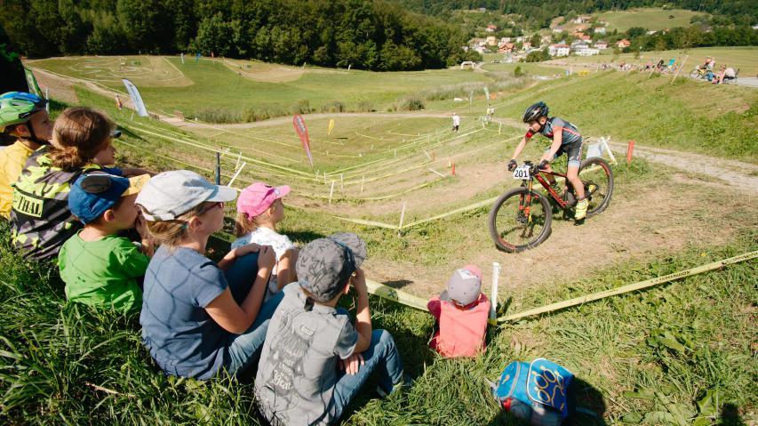 Bike Festival Stattegg 2019 - BildberichtSun over Styria, und die MTB-Szene von jung bis alt und aller Disziplinen begab sich an den Fuß des Schöckls, um seine Trails zu genießen.