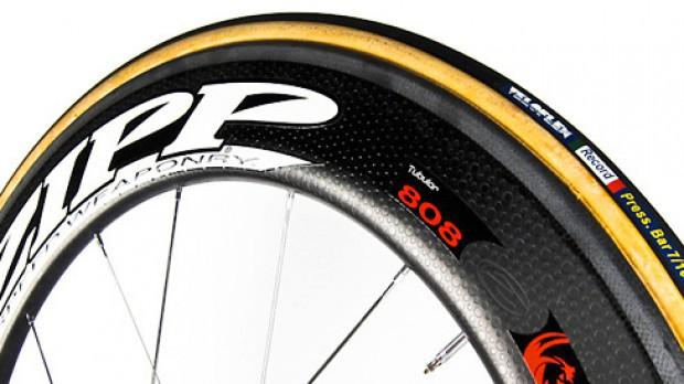 ZIPP Firecrest & Veloflex Record LangzeittestDie vermutlich schnellste Laufrad-Schlauchreifen-Kombination der Welt.
