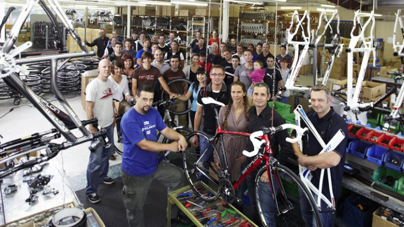 Simplon Factory ReportDie Vorarlberger wurden heuer 50. Grund genug, in der Vergangenheit der Simplon Fahrrad GmbH zu wühlen, sie in der Gegenwart zu besuchen und Fragen zur Zukunft zu stellen.