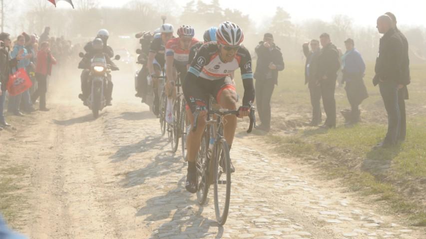 Inside Paris-RoubaixZuschauen und mitmachen, Publikums-Bewerb und WorldTour-Race. Ein Wochenende mit dem Trek Domane in der Hölle des Nordens.
