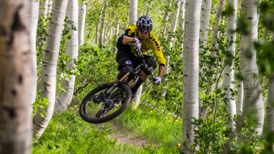 GT Sensor, Force & FuryIm Land der unbegrenzten Möglichkeiten - diesmal in Park City, Utah - feuerte GT eine Salve an neuen Modellen auf die Trails. Live dabei: GT Sensor, Force, Fury und Bikeboard.at.