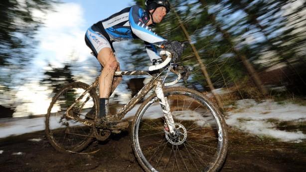 Cyclocross Special 13/14 powered by bikepirat.atEndlich Schnee! 30 cm frisches Weiß samt Tauwetter brachte rund 60 Teilnehmer und deren Material an ihre Grenzen. Sieger: Johann Fuchs.