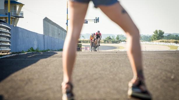 Krafttraining für Biker Teil IIIFit im Schritt und unten drunter? Weil Rekordwerte auf der Beinpresse noch lange keinen kompletten Radfahrer machen, geht's im vorletzten Teil unserer Fitnessserie um Beine, Hüfte und Knie.
