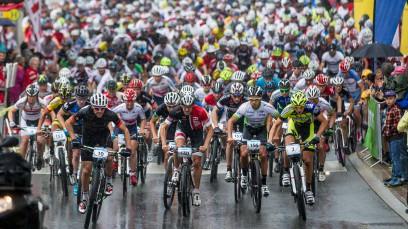 Bildbericht KitzAlpBike 2015Mit zwei sportlichen Jedermann-Bewerben - Windautaler Radlrallye und Hillclimb Brixen - wurde das KitzAlpBike-Festival 2014 eingeläutet. Und wie sollte es anders sein: Es purzelten die Rekorde!