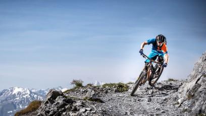 Scott Neuheiten 2015Neue Bikes, neue Kleidung und ein Bike-Abenteuer der besonderen Art: Die Saison 2015 steht an und Scott präsentierte sein neues Lineup im Schweizer Trail-Paradies Davos.