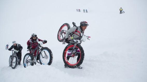 THE SNOW EPICMitte Jänner stieg im Schweizer Engelberg ein Fatbike-Event der sportlichen Art. Teilnehmer aus fast 20 Nationen machten es zu einem Fest.